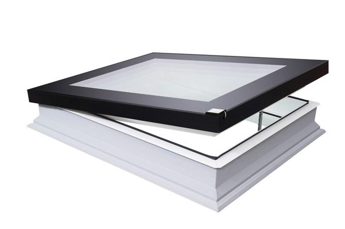 Def fakro la solution extra plane pour toit plat 24 for Fenetre quadruple vitrage